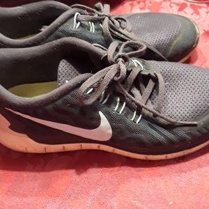 Nike walking shoes 8.5 used